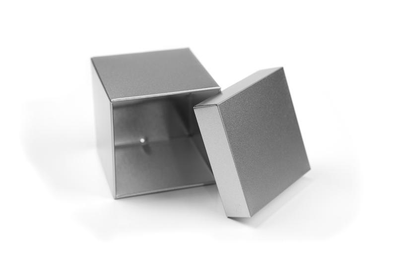 Cube Tin - null