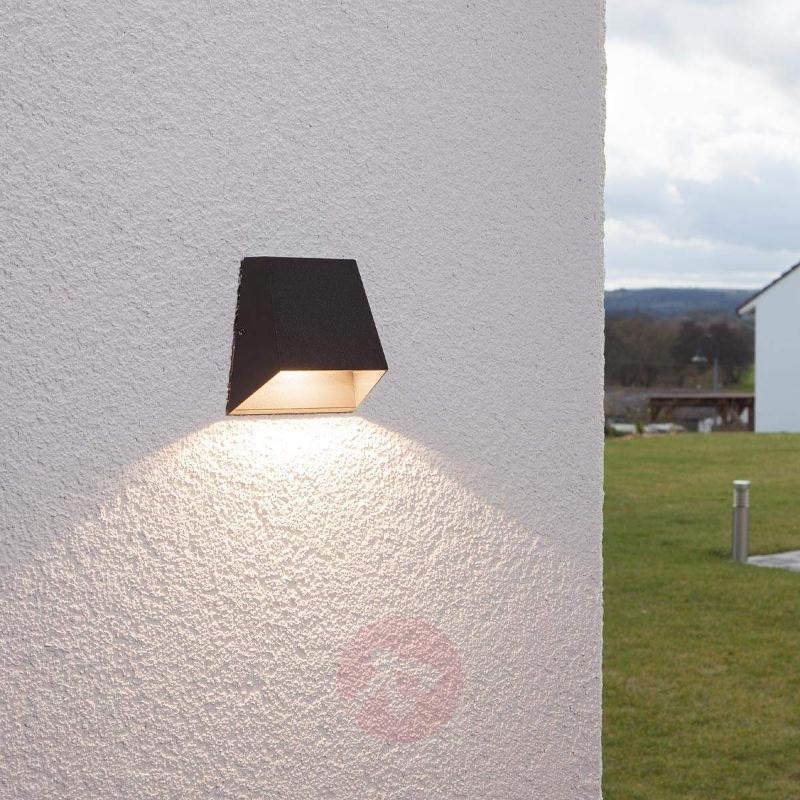 Wide shining outdoor wall light Hanno with LED - Outdoor Wall Lights
