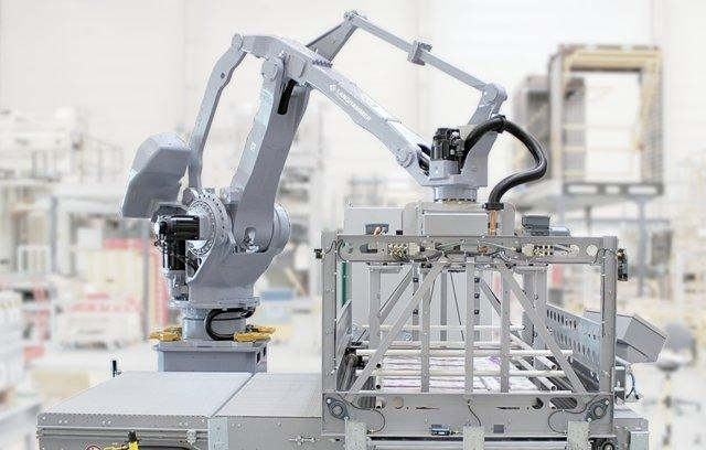 Space Saving Palletizing Solution - Articulated Arm Robot AR500 with TheWave - The Space Saving Palletizing Solution
