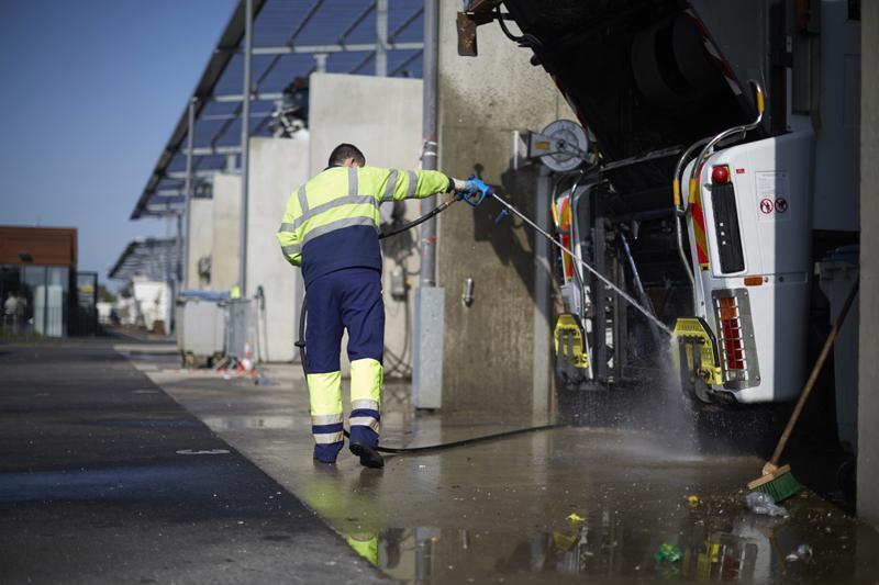 Station de lavage de poids lourds à Orange - Services