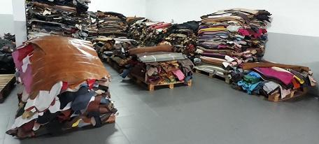 Stock lot leather finished - leather footwear mixed colores and mixed finished, genuine leather.