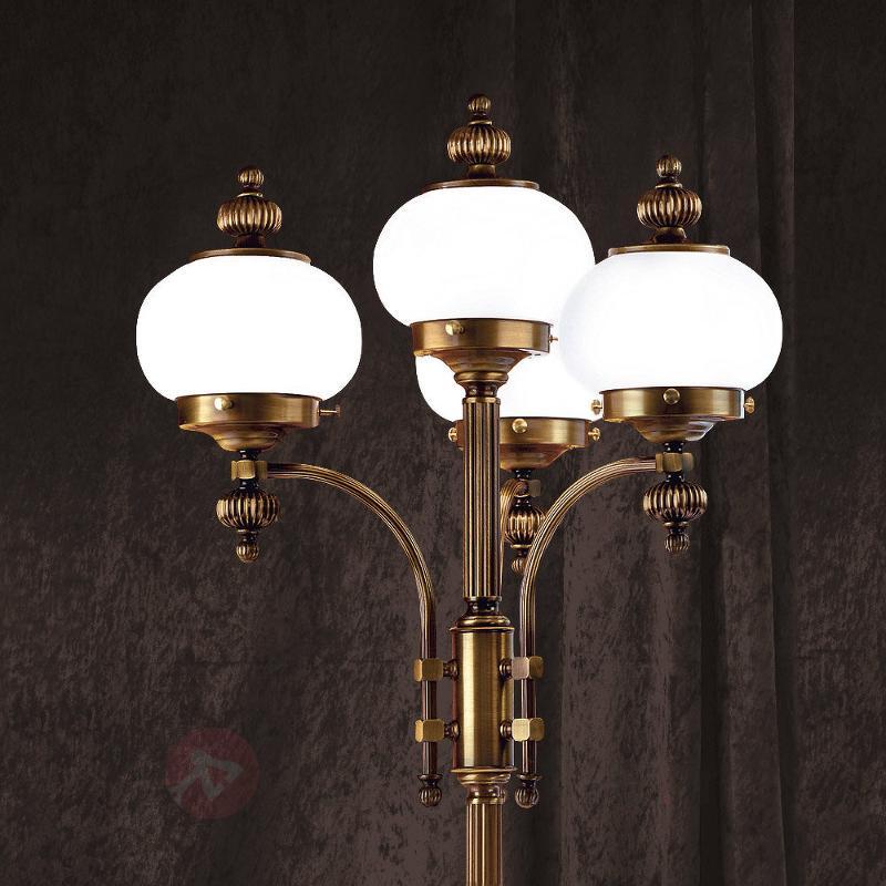 Lampadaire 4 lampes Delia, laiton ancien - Tous les lampadaires