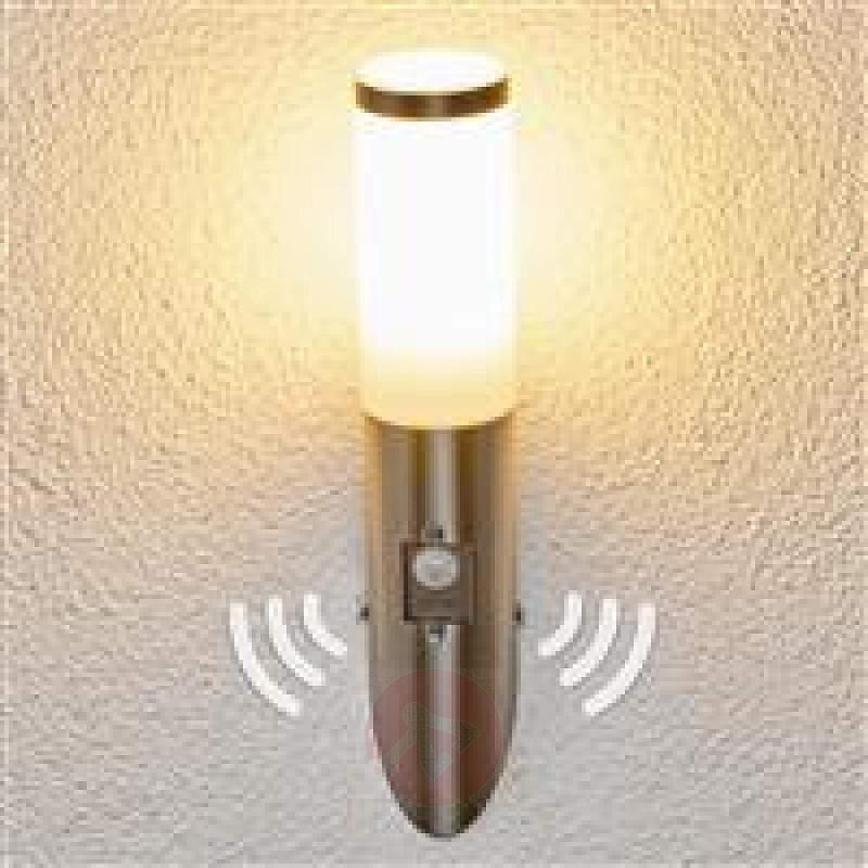 Motion detector stainless steel wall light Kristof - stainless-steel-outdoor-wall-lights