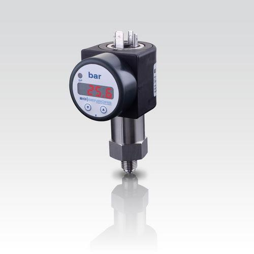 Pressure Switch DS 202 - pressure switch / electronic / with digital display / stainless steel