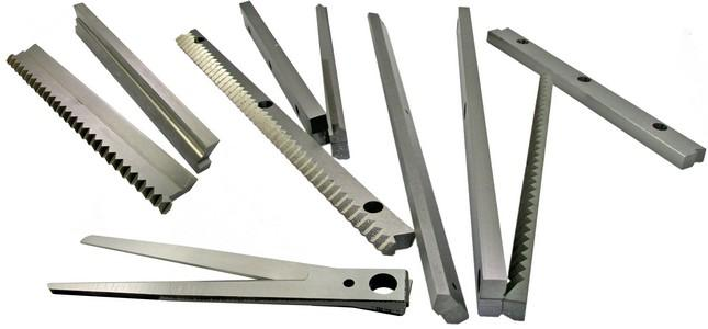 Flow-pack machine knives