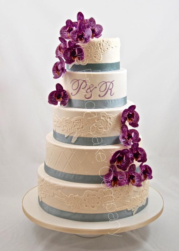Gâteaux et Pièces Montées sur-mesure - Gâteau mariage orchidées luxe