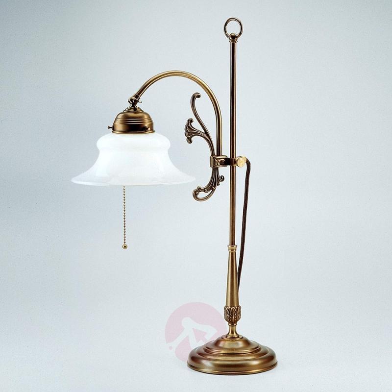Elisabeth intricate table lamp - design-hotel-lighting