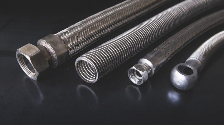 Tubi flessibili in acciaio inox - null