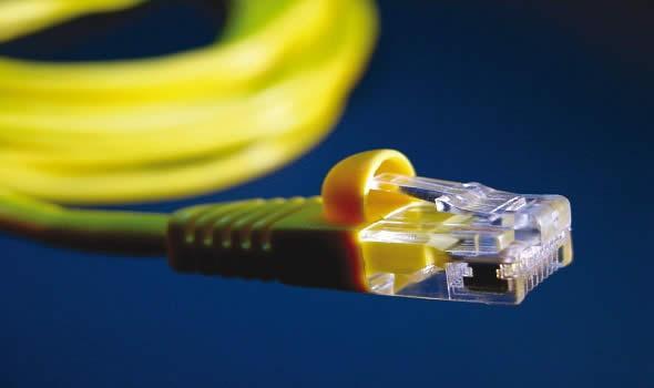Câbles de données et systèmes de réseau pour votre bureau modulaire - null