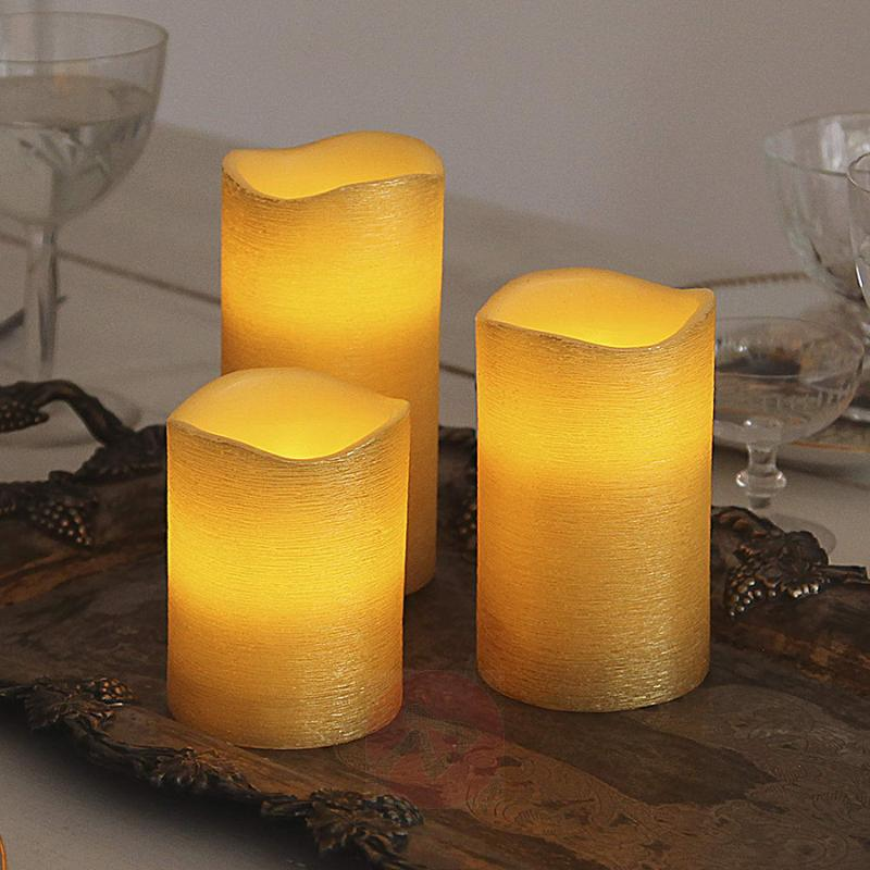 Real waxLED candle Linda structured 12.5 cm - design-hotel-lighting
