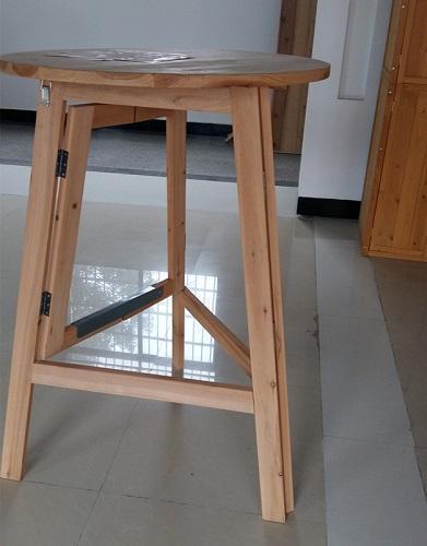 Mesa redonda - Material de madera