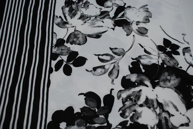 Tessuto Stampa Bianco Nera Fiori - null