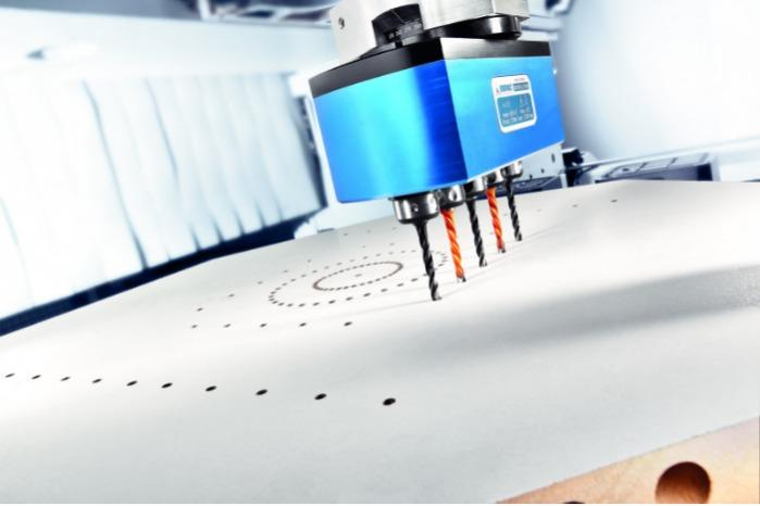 Multi-spindle head MULTI V - CNC multi-spindle head for machining of wood, composites and aluminium