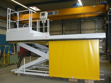 Inline lift platforms - Paper industry Lifting table for storage carts