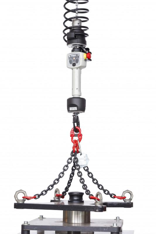 DCBS chain hoist - Intuitive control. Precise positioning.