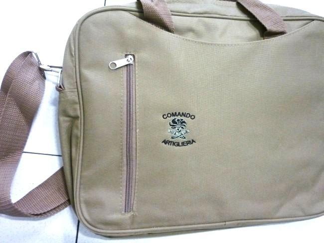 Zaini e borse promozionali personalizzate - Zaini e borse promozionali e da lavoro personalizzate con logo