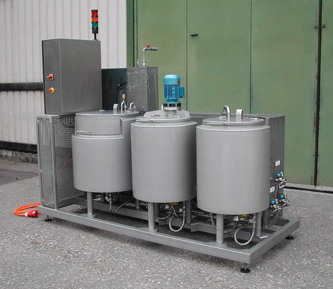Fat melting systems and fat oil station - for melting solid fat blocks in the food industry