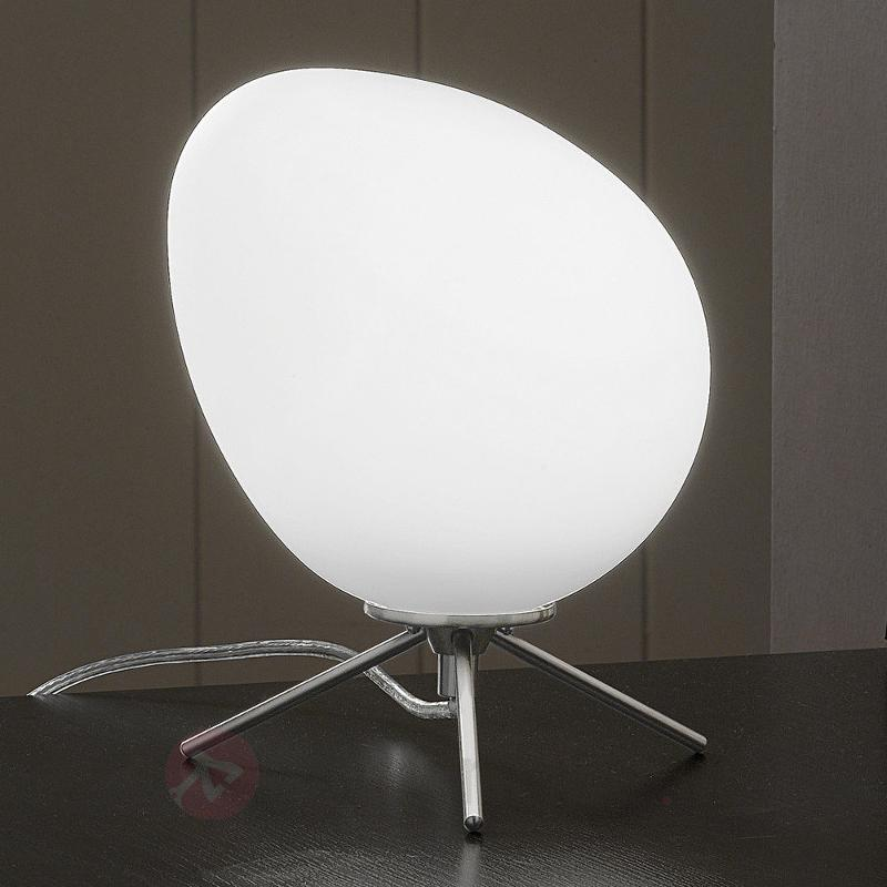 Lampe à poser LED Evo avec abat-jour asymétrique