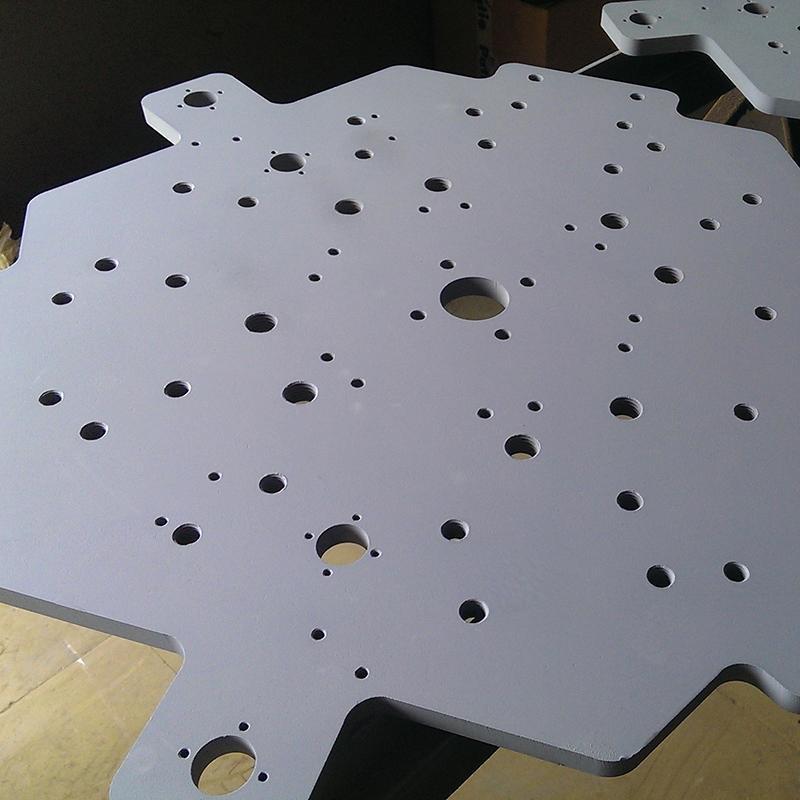 Vannstråleskæring, format opp til 4000 x 2000 mm -