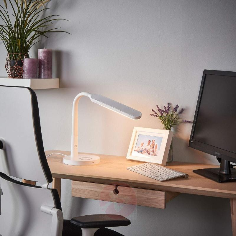 White LED desk lamp Maily, USB port - Desk Lamps
