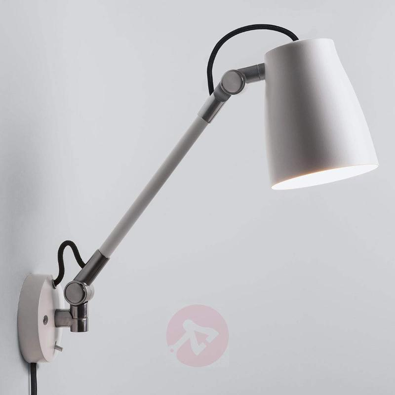 Atelier Grande - flexible wall light with a plug - Wall Lights