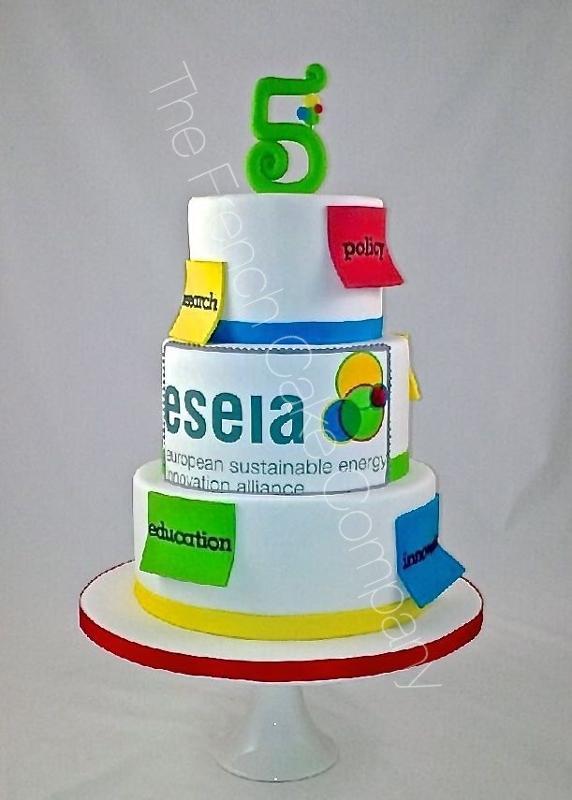 Gâteaux et Pièces Montées sur-mesure - Gâteau Association Européenne
