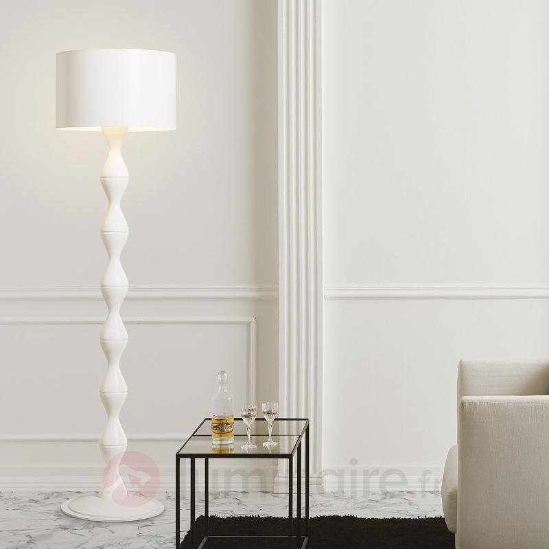 Lampadaire blanc de créateur Sara - Lampadaires design