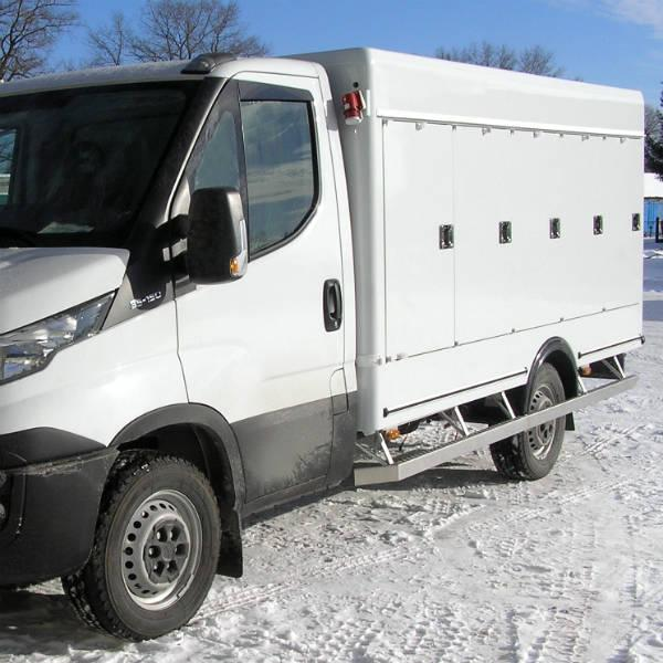 3.5T10 PolarLite - Lightweight refrigerated trucks for chilled or frozen food distribution