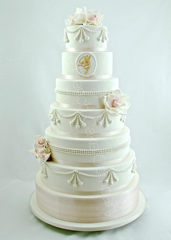 Gâteaux et Pièces Montées sur-mesure - Gâteau mariage perles fleurs