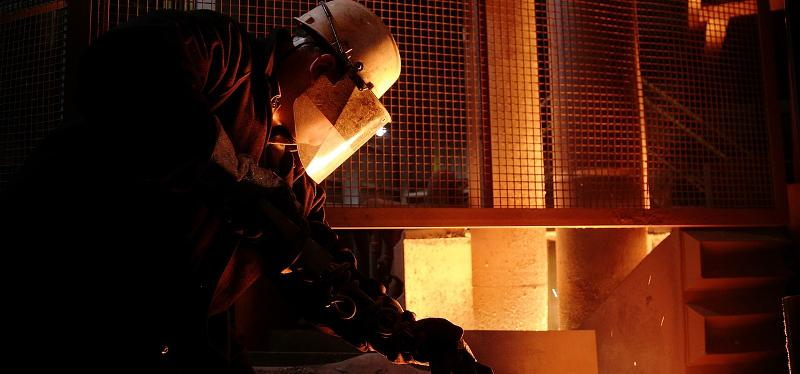 Reverb and holding furnaces - Metallurgy
