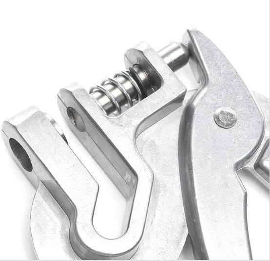 ear punch / ear hole plier for sheep,cattle,horse  - ear hole plier for animal