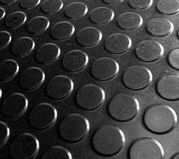 Kunststof anti-slip platen - Hoogwaardige kunststof platen die voorzien van een anti-slip laag of een relief