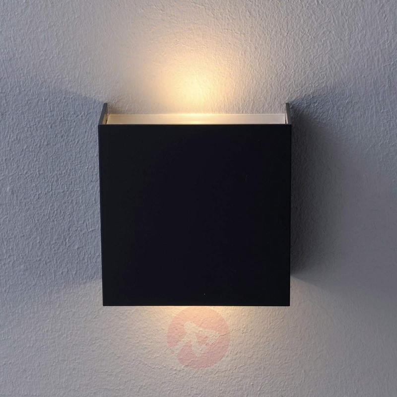 Shines upwards and downwards - Mira LED wall light - Wall Lights