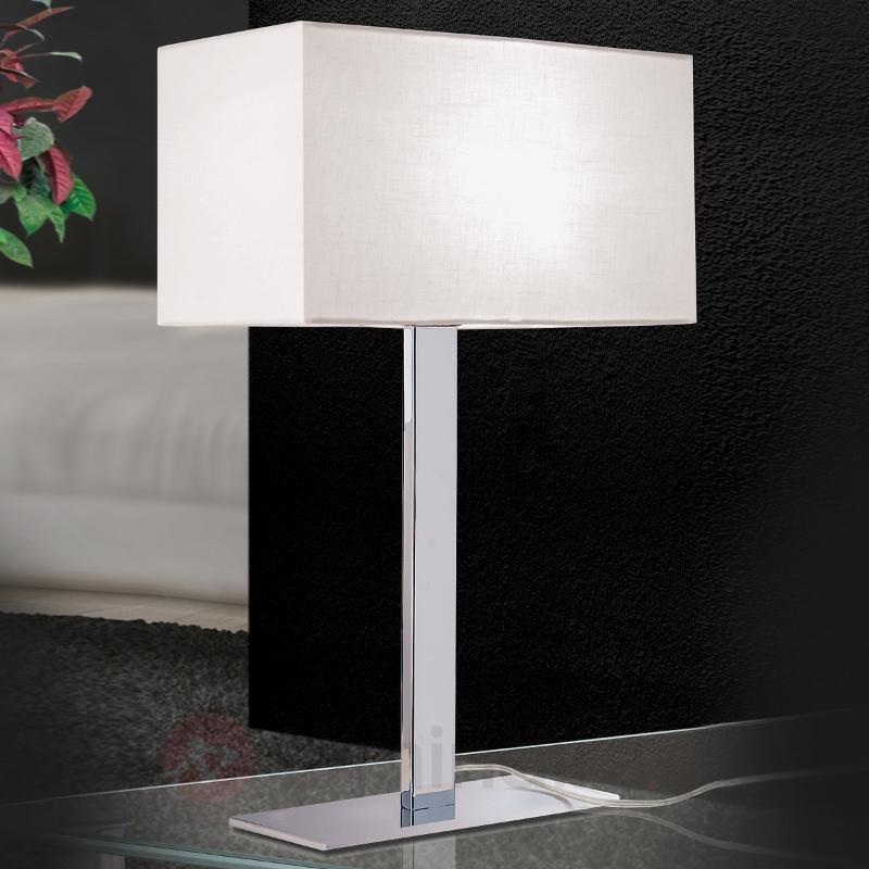 Lampe à poser Grigor à abat-jour en lin blanc - Lampes à poser en tissu