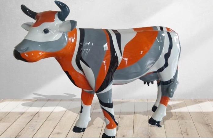 Vache en résine grandeur nature -  sculpture en résine vache veau 160 cmx 220 cm