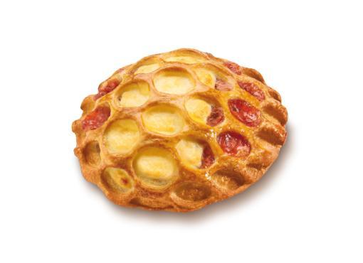 Strawberry Quark Basket - Sweet filled pastries