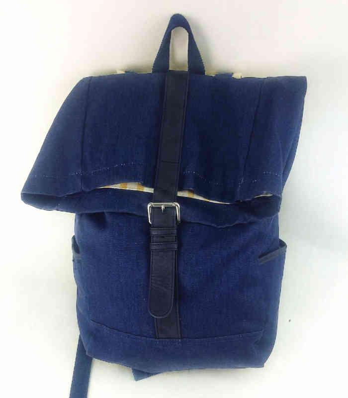 Large capacity unisex backpack