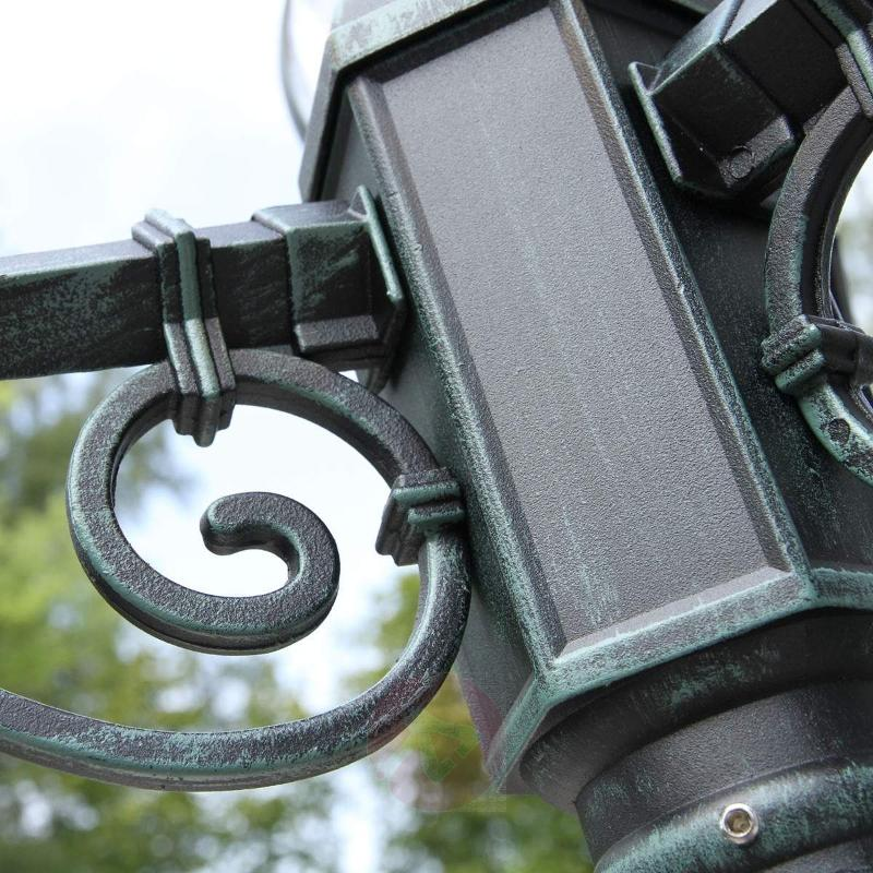 Theodore post light with antique charm - Pole Lights