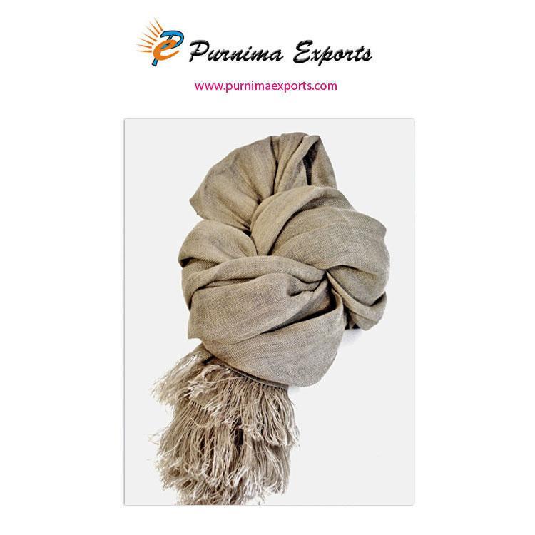 foulard en lin naturel de couleur beige  -