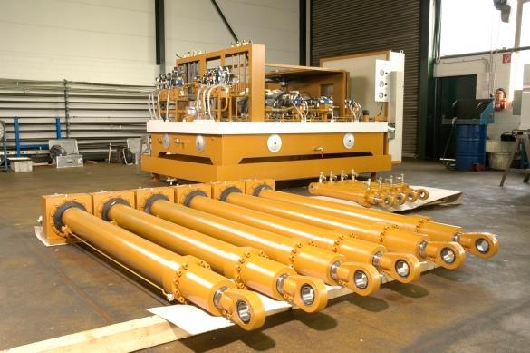 SYSTEMLÖSUNGEN FÜR HYDRAULIKAGGREGATE - WINTER entwickelt spezifisch angepasste hochenergieeffiziente Hydrauliksysteme