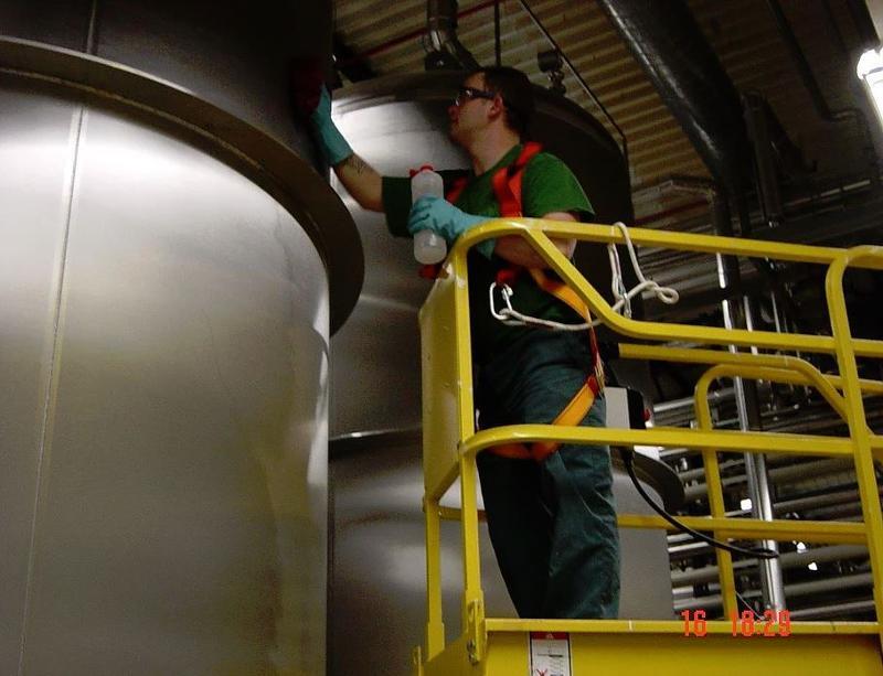Nettoyage et dégraissage de hottes - Nettoyage d'installations industrielles