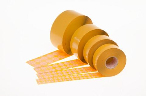 Double-sided self-adhesive non-woven fibre fabric - made from Steierform 87-92419