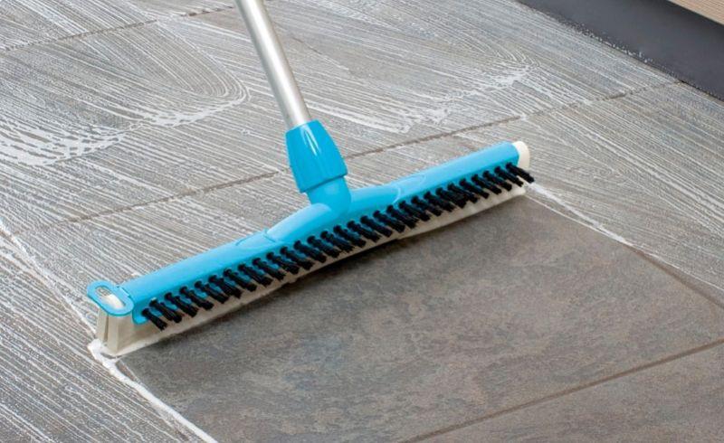 Scrub & Dry Squeegee - Floor Cleaning Floor Squeegees