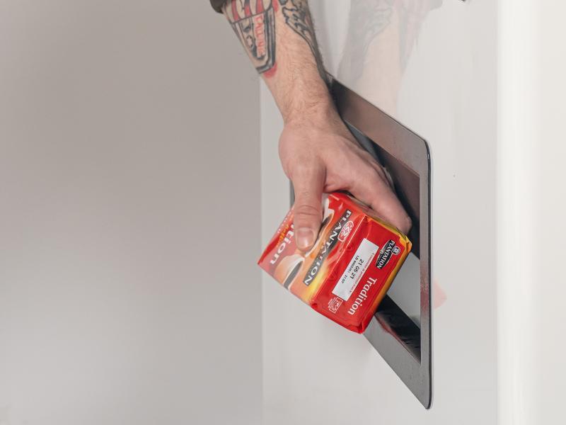 SHOPS24-930 Distributeur produits ambiants -