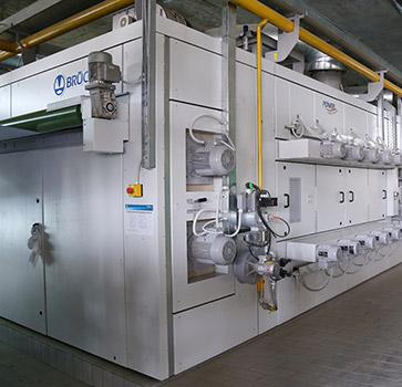 Continuous Dyeing Range - For continuous dyeing and migration-free drying of woven fabrics
