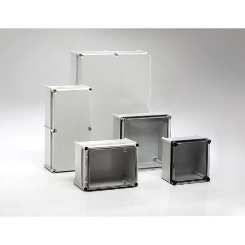 Cajas de doble aislamiento en poliéster - IP66