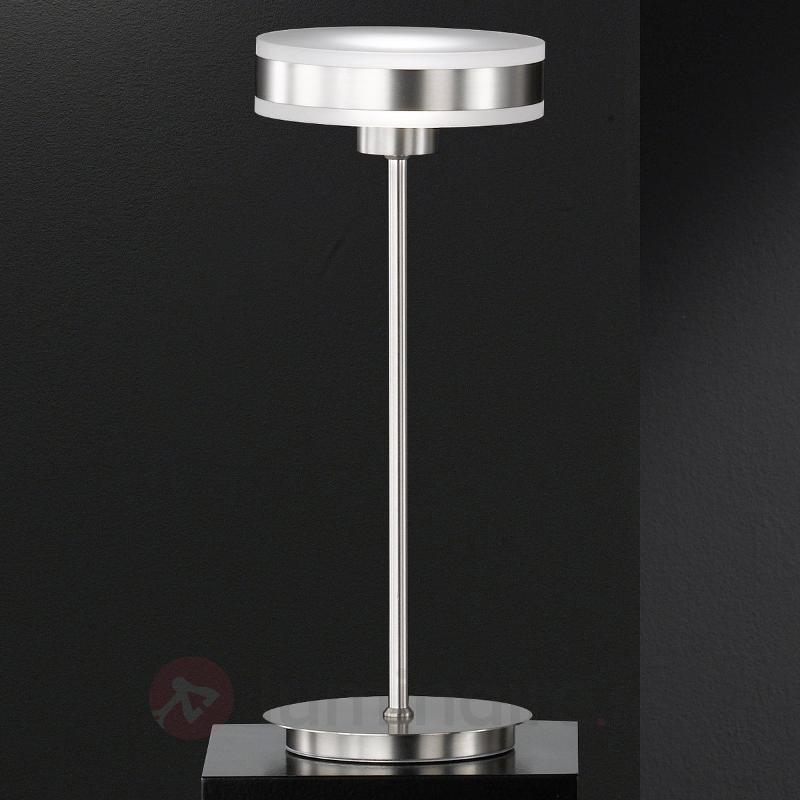 Lampe à poser LED Puk au design innovant - Lampes à poser LED
