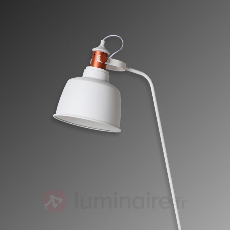 Lampadaire Tjoll, style industriel - Tous les lampadaires