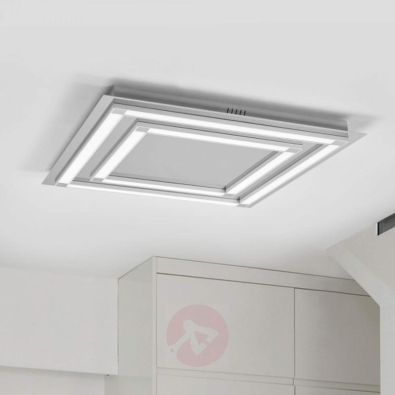 Leggero - puristic LED ceiling lamp - design-hotel-lighting