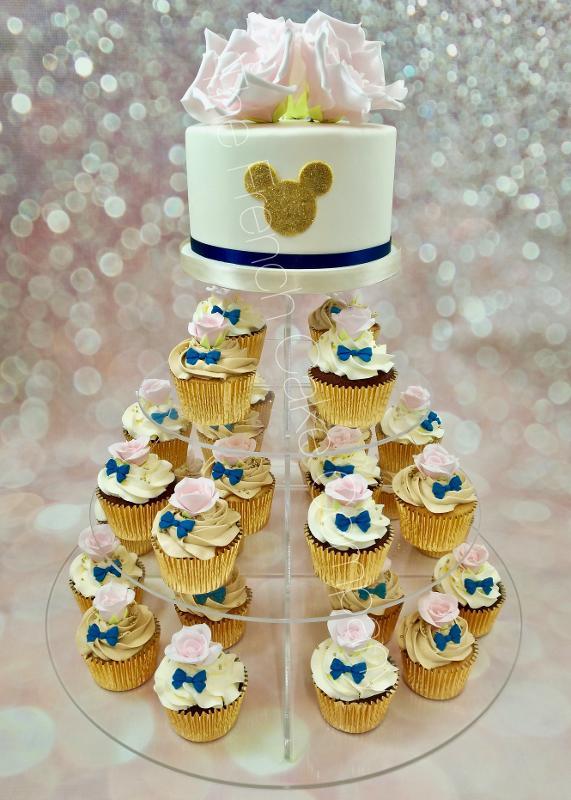 Gâteaux et Pièces Montées sur-mesure - Cupcakes De Mariage Roses